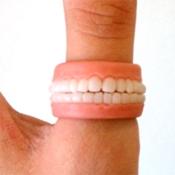 Wow. Those are some creepy teeth on this new ring.