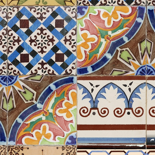 Videomaker Ricardo Silveira made a series of animated gifs made from original pictures of traditional portuguese tiles.