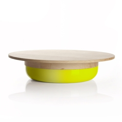 Tootsie is a bowl and a chopping board at the same time. By Zpstudio