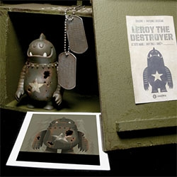 DrilOne x Invisible Creature presents Leroy The Destroyer - Leroy will be available at SDCC Dragatomi Booth and at Invisiblecreature.com There are 12 box sets made and only 10 will be sold.