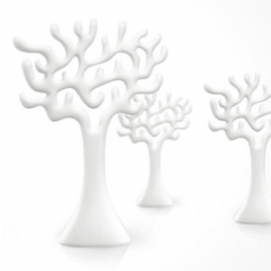 The TREE  is another signature object from Eero Aarnio. Work as a piece of art as well as a practical space divider.