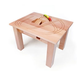 Treintafel, a train table for designers by Tomm Velthius.