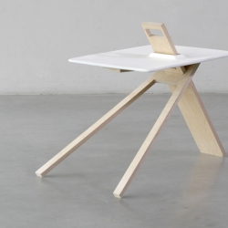 Tripod is a minimalist side table designed by England-based designers Noon Studio. The unique aspect of this design is its ability to be completely flat-packed, and disassembled down to four pieces.