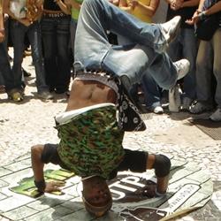 Yeah! Very cool Brazilian Guerrilla Marketing.