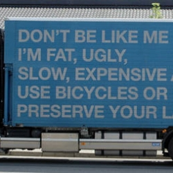 """Lago, the Italian interior design company, just started their own """"green"""" advertising campaing, using their own trucks to pass the message on."""