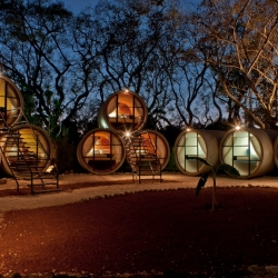 Each of the rooms at Tubohotel in Tepoztlán, Mexico, is housed in giant concrete drainage pipes - by T3arc.