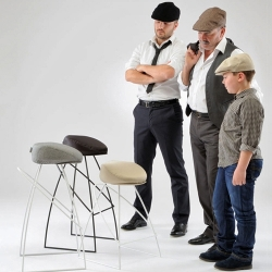 The Picciotto cool bar stool by Fabio Vinetta is a must-have, starting with its unusual chapeau-inspired seat. Call it what you will – the paper boy, drivers cap, derby, cheese-cutter or paddy.