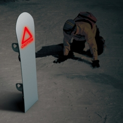 Sometimes the friendly slopes turn hostile and every bit of survival skills needed. Jung Hoon Lee, Jung Eun Kim and Hyun Min Lee have conceptualized a snowboard/post with an OLED Safety Light embedded into the surface.