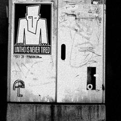 UNTHO: Provoke, Interfere and Propose! Fashion / Street art project.