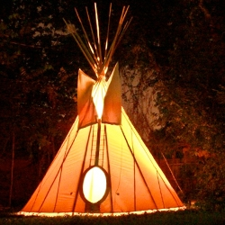 A young family documents their experience with building a tipi in a North Carolina Neighborhood... cute time-lapse videos.