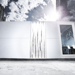 A modern and sustainable design of modular prefab can be found in v100 Mod Box. With a white color, this modular prefab can describe a modern and dynamic living environment.