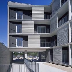 Social Housing - Zaragoza, Spain / MAGÉN ARQUITECTOS