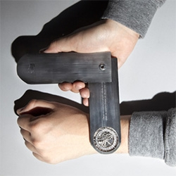 """""""Nuancier"""", ECAL/Audemars Piguet by Krzysztof J. Lukasik is a tool that allows you to discover what is inside your watch and understand how it works."""