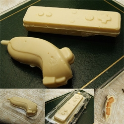 I knew i saved the wii packaging for a reason... someone filled the packaging with chocolate and made edible wiimotes and nunchucks!!!