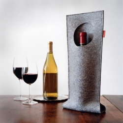 Nice presentation by Josh Jakus' Wine Pocket if you ever have to bring a bottle somewhere