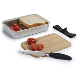 Black + Blum Sandwich on Board Set ~ cute cutting board design built into this sandwich box!