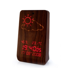 A very nice weather wood station. You can predict the weather through thin wood!...Magic !