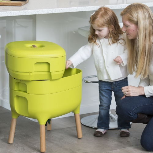Worm Farm Composter brings urban style to your indoor compost setup. Available in green or grey. Great for apartments and homeowners alike.