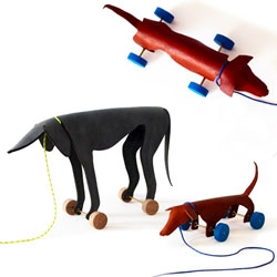 Ellen Heilmann's adorable WALDI UND SPRINTER - Dog Pull Toys for children made out of leather in collaboration with Kathrin Schumacher.