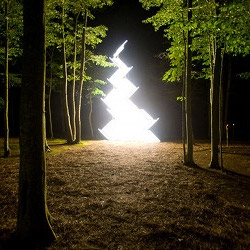 Israeli artist Yochai Matos creates amazing, emotive structures of light.