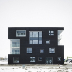 'Black & White Twins' by the architects Casanova + Hernandez Architects in Blaricum - Netherland.
