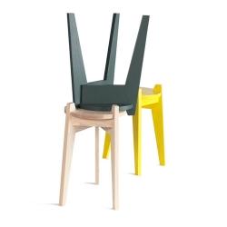 The Zuiderzee Stool by Studio Maarten Kolk & Guus Kusters is based on a simple milking stool located in the Zuiderzeemuseum depots.