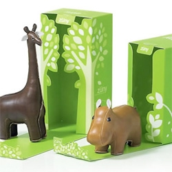 Zuny, which means 'funny zoo' is a fun and creative animal style of leather-made home accessories by Bonanza Design.